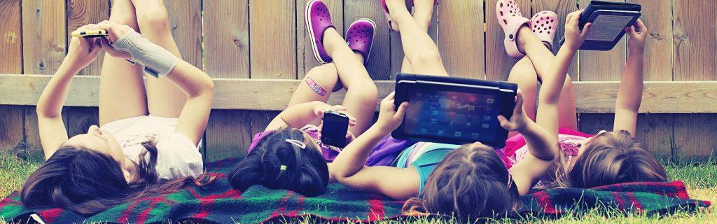bambini-e-smartphone
