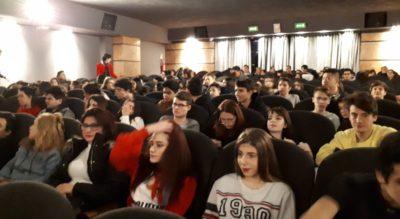 Con 300 studenti a Milano chiude il tour…