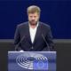 Pierfrancesco Majorino parla al Parlamento Europeo del diritto a un lavoro per noi
